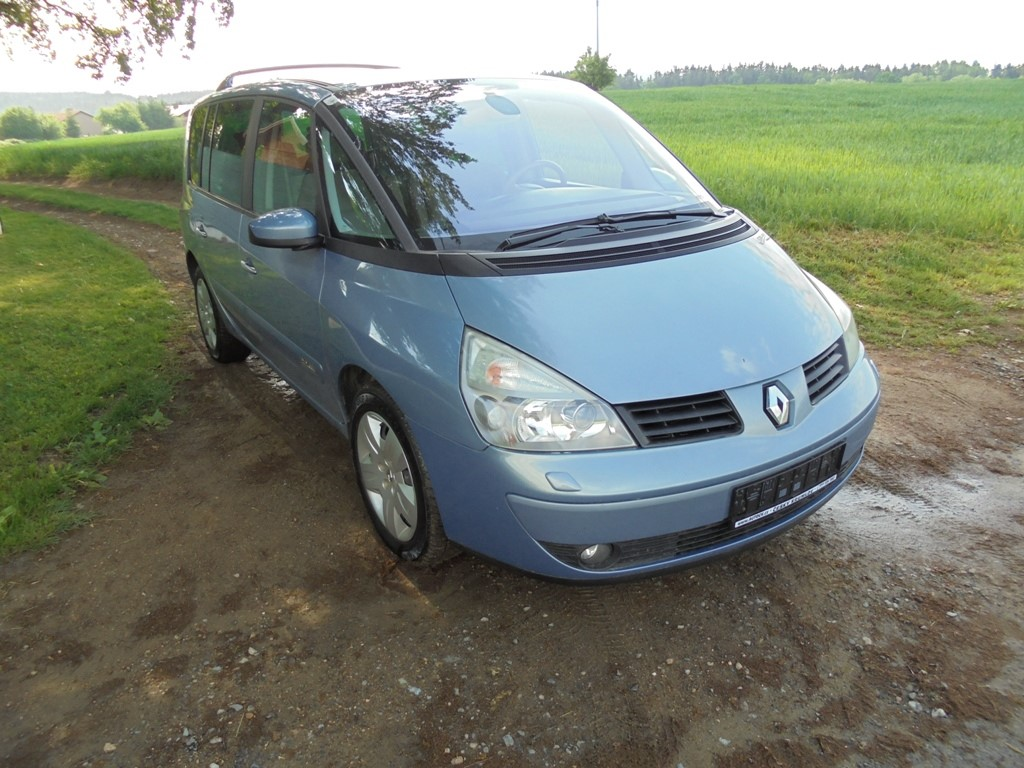 Renault Espace 2,2 DCi,xenony,panoráma,TOP STAV